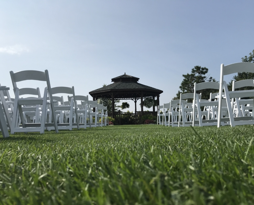 Wedding Isle - River Oaks Golf Course - Cottage Grove